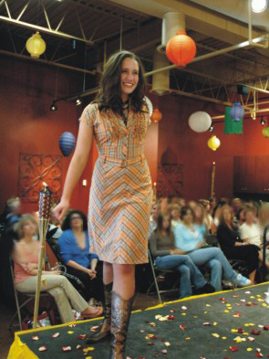 beau_monde_salon_fashion_show_2006-4